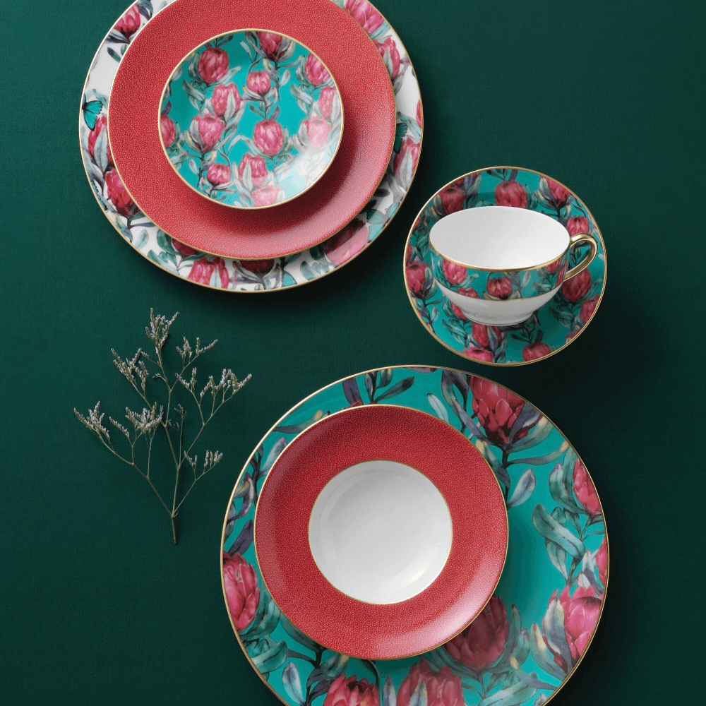 No. 19's stylish Art Deco tableware collection