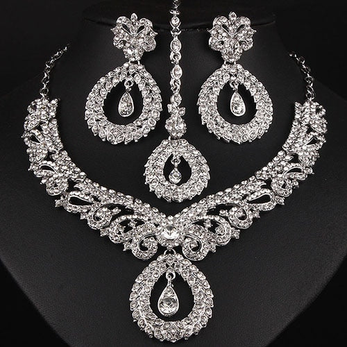 FARLENA Jewelry Clear Crystal Rhinestones Chandelier Necklace.