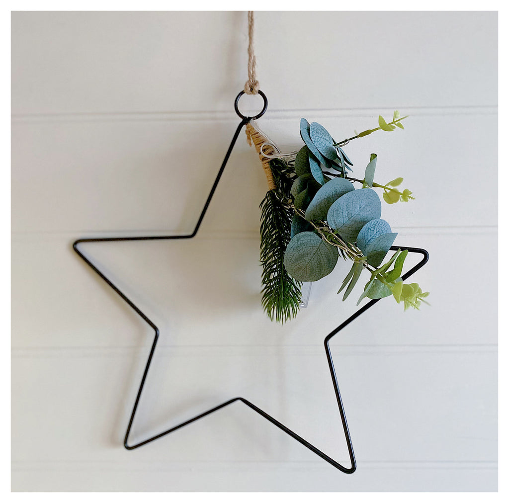 Star with Greenery & Lights
