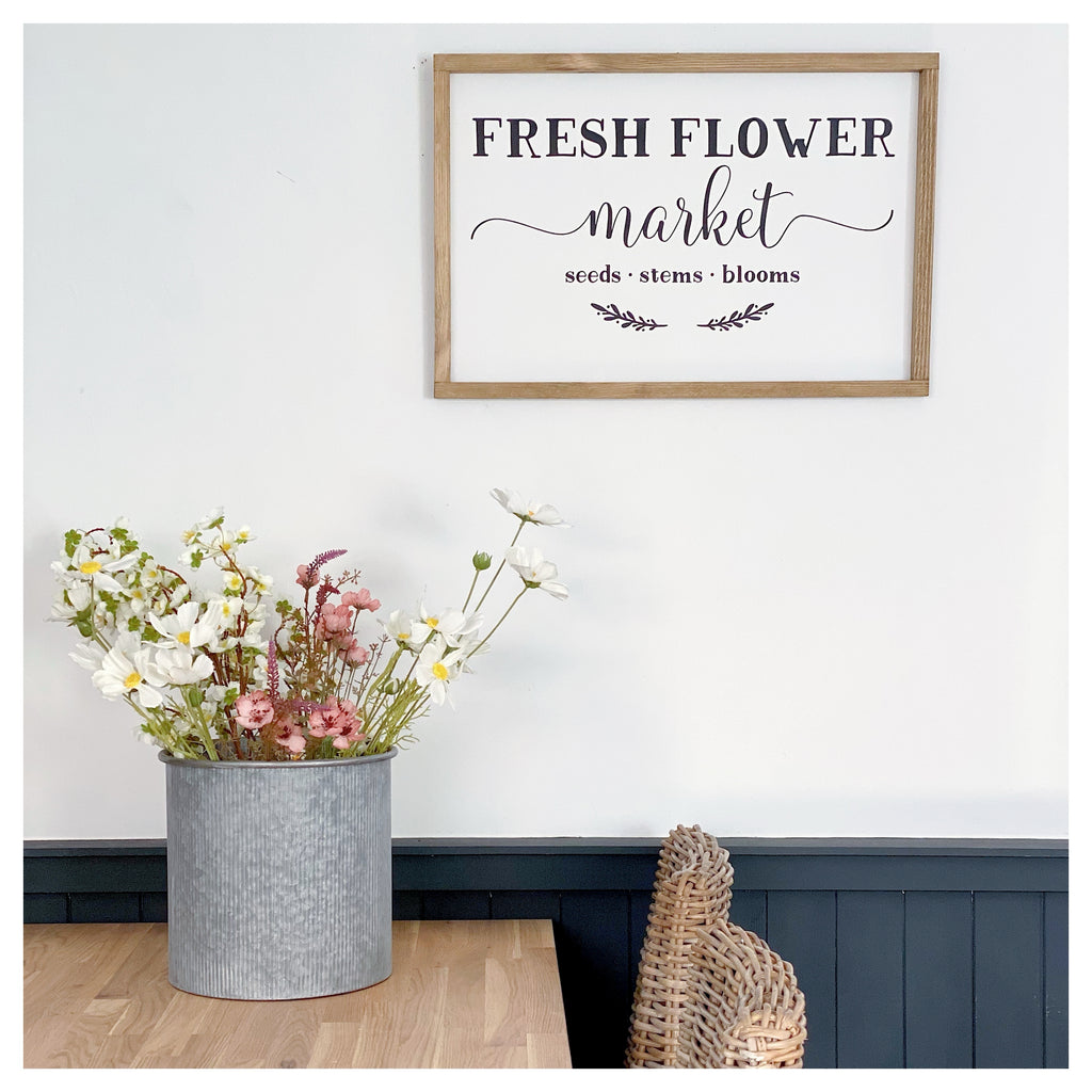 Fresh Flower Market Farmhouse Sign