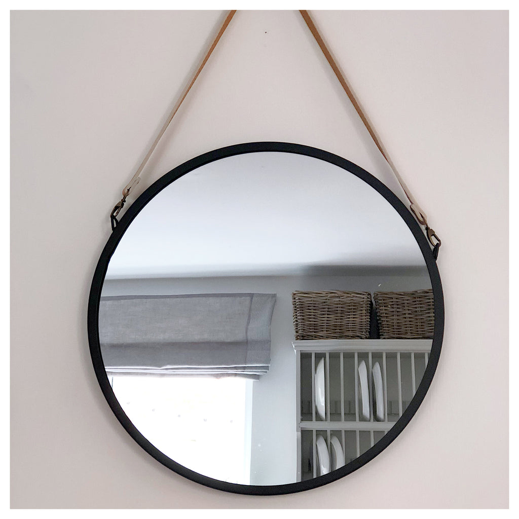 Black Round Belt Hanging Mirror