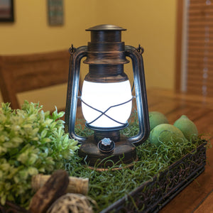 23009 - LA-PLFLMLAN 6/6 LitezAll Resin Vintage Lantern with Dual Modes and Dimmer
