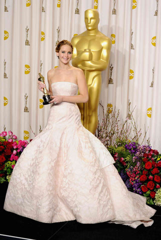 Jennifer Lawrence in Dior wedding inspired gown for the Oscars