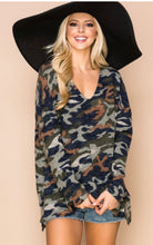 Load image into Gallery viewer, Winter Feel Camo Print Tunic
