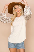 Load image into Gallery viewer, Beige Cheetah Print Top