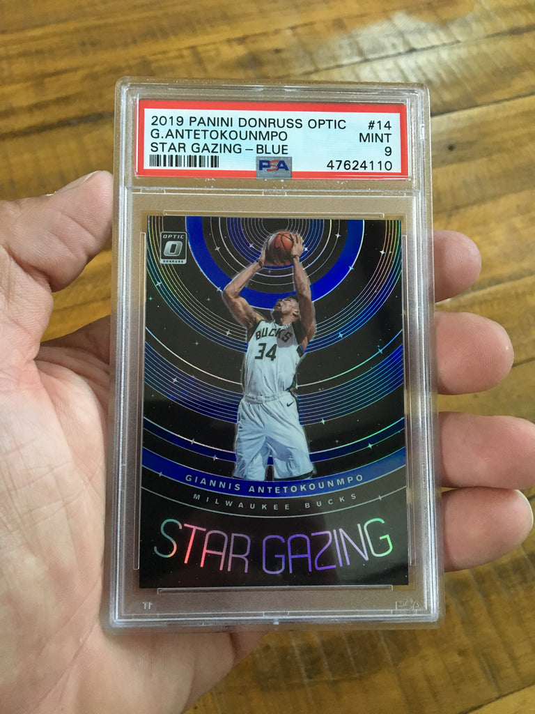2019 Panini Optic Giannis Antetokounmpo Star Gazing Blue /49 #14 PSA 9