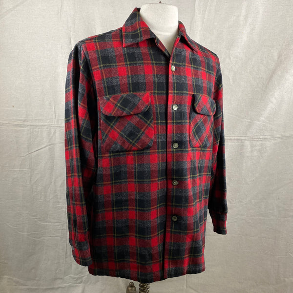 Right Angle View of Vintage 50s/60s Era Red and Black Pendleton Board Shirt SZ M
