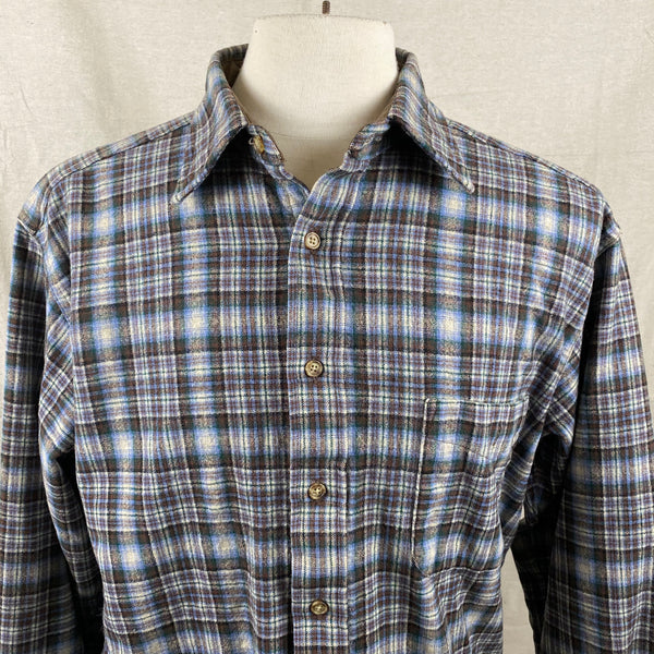 Collar View of Pendleton Blue & Brown Trail Shirt SZ L