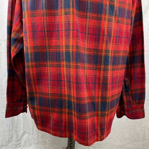 Lower Rear View of Vintage Red Blue & Yellow Pendleton Board Shirt SZ L