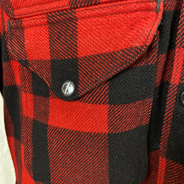 Right Enameled Button Snap View of Union Made Buffalo Plaid Filson Mackinaw Cruiser