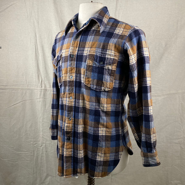Left Angle View of Vintage Pendleton Plaid Wool Flannel Shirt SZ 16 1/2