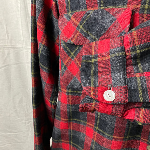 Left Cuff View of Vintage 50s/60s Era Red and Black Pendleton Board Shirt SZ M