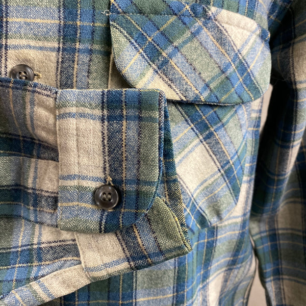 Right Cuff View of Vintage Pendleton Blue/Green Plaid Wool Flannel Shirt SZ L