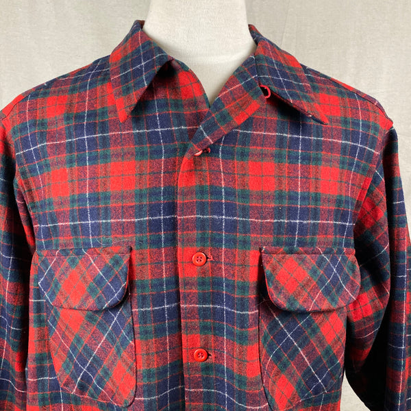 Upper Collar View of Vintage Red, Blue & Green Pendleton Board Shirt SZ XL