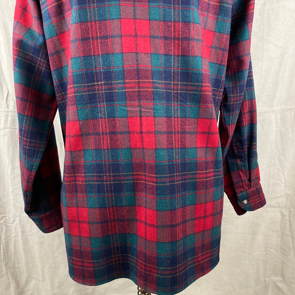 Lower Rear View on Vintage Red Blue & Green Pendleton Lodge Shirt SZ L