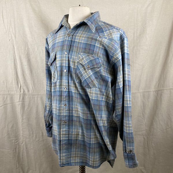 Left Angle View of Vintage Pendleton Blue Plaid High Grade Western Wear Flannel Shirt SZ XL