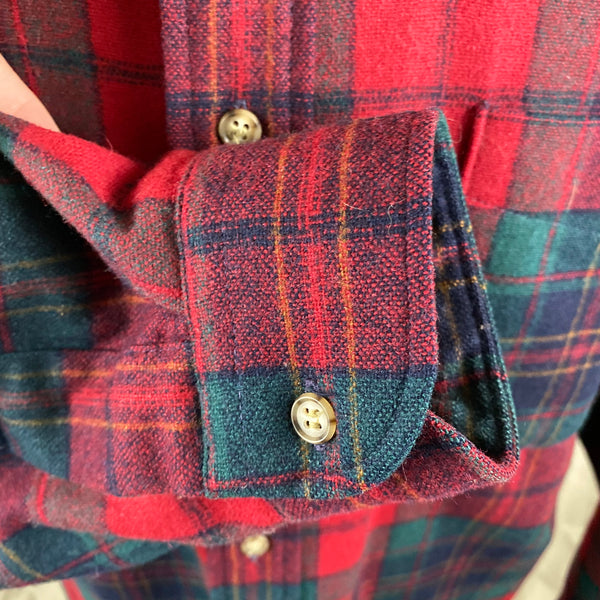 Right Cuff View on Vintage Red Blue & Green Pendleton Lodge Shirt SZ L