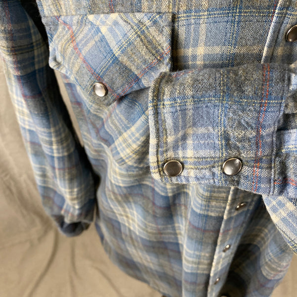 Left Cuff View on Vintage Pendleton Blue Plaid High Grade Western Wear Flannel Shirt SZ XL