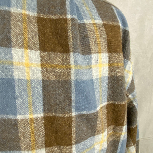 Small Hole on Rear of Vintage Blue & Grey Pendleton Board Shirt SZ XL