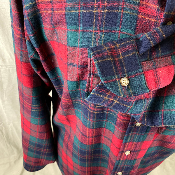 Left Cuff View on Vintage Red Blue & Green Pendleton Lodge Shirt SZ L