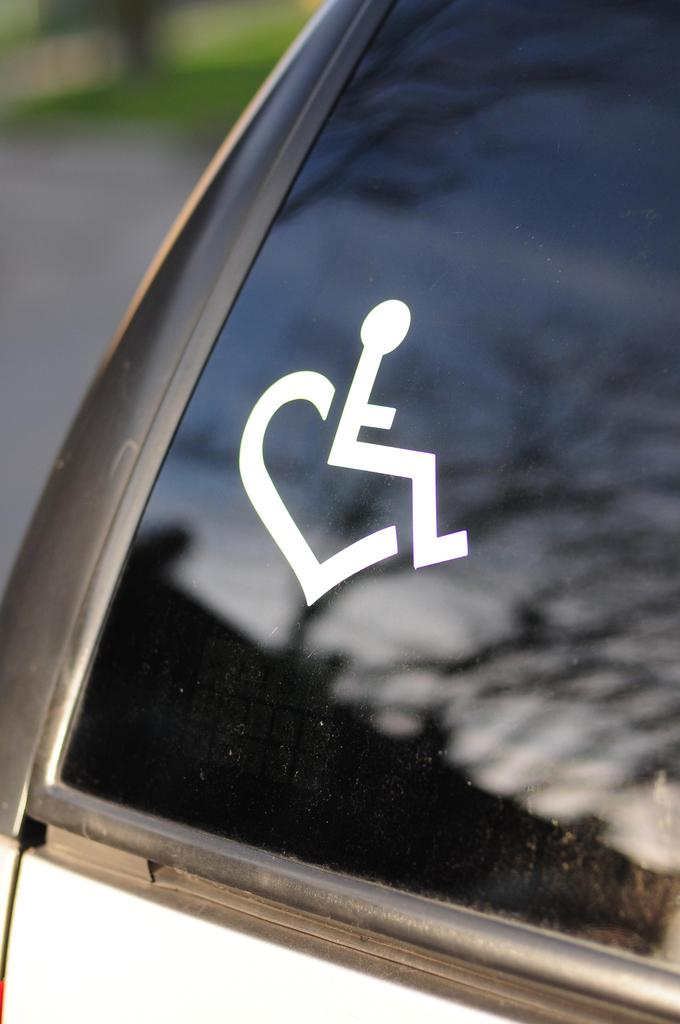 Vinyl Car Decal By Car Decals And Magnets E Loves Wheelchair Heart - Auto decals and magnets