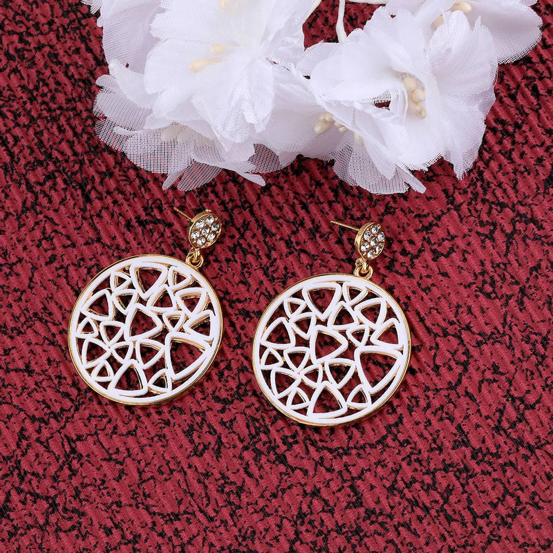 Women Patry Wear Metal Drop Earrings