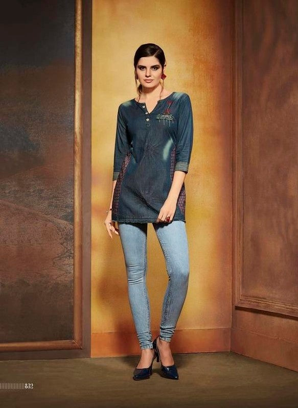 Walker Danim Stylish Top