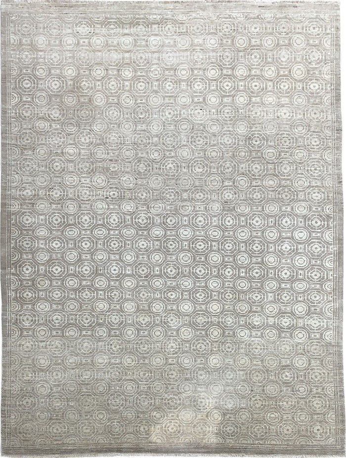TRANSITIONAL RUG - SIZE: 270CM X 202CM