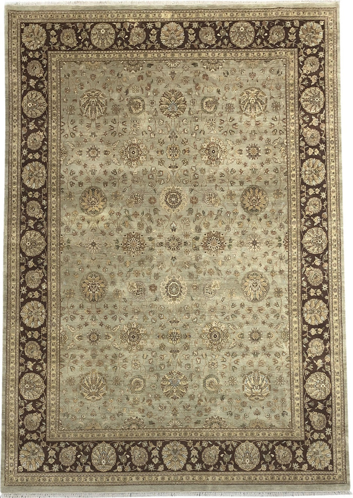 TRADITIONAL RUG - SIZE: 433CM X 301CM