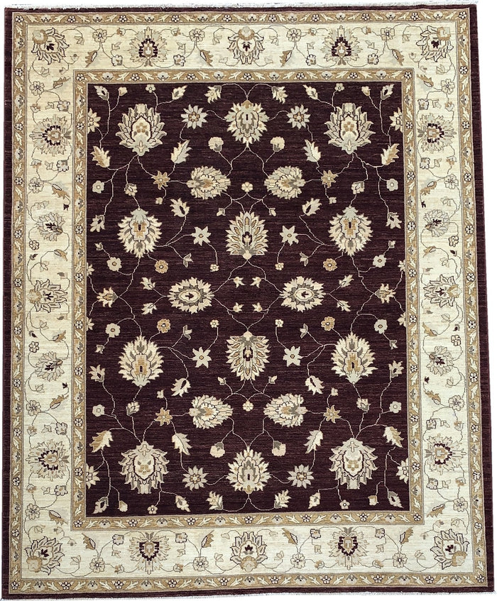 TRADITIONAL RUG - SIZE: 305CM X 248CM