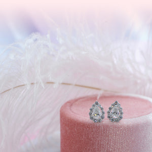 Halo Pear Diamond studs