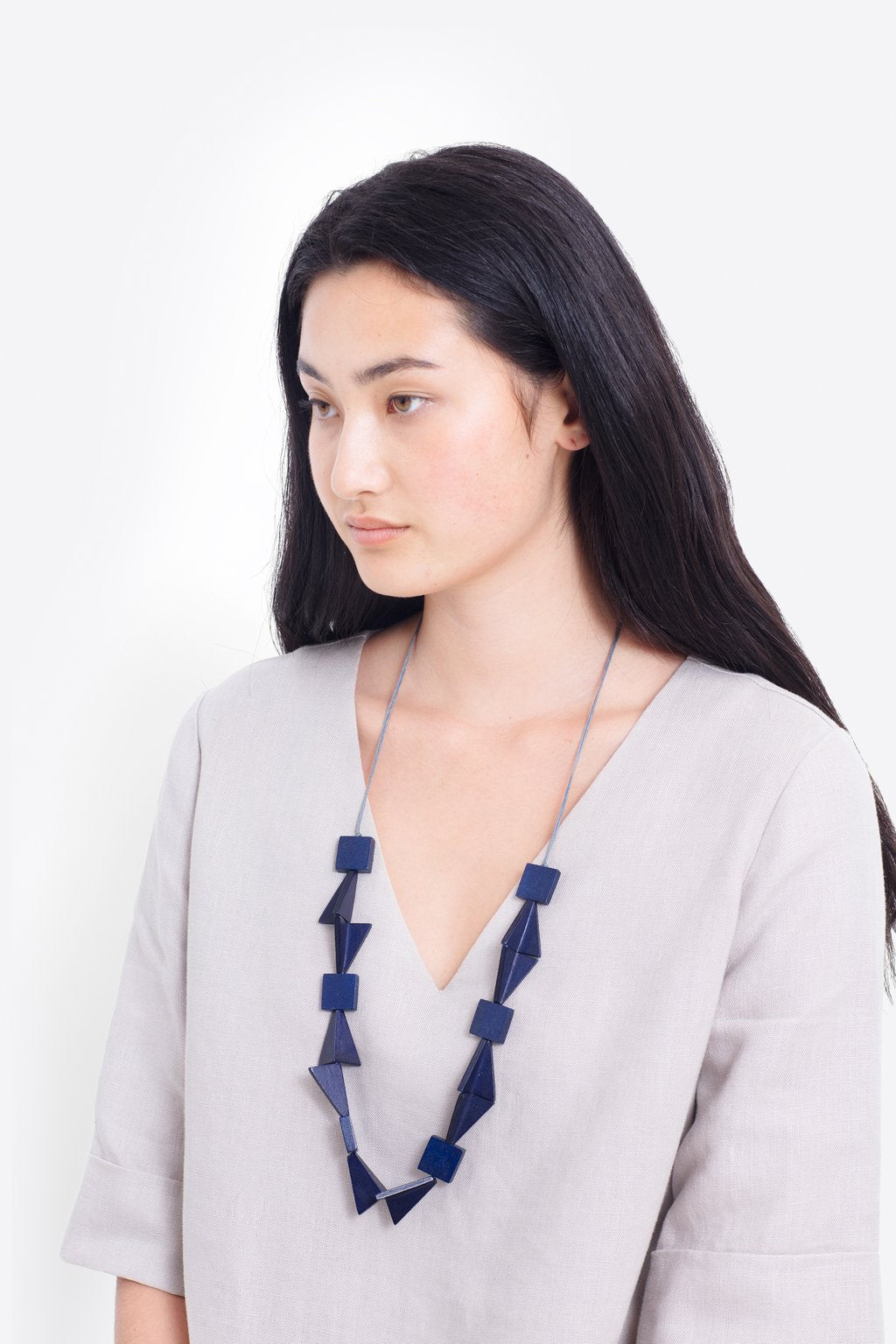 ELK-Johna Necklace Navy-Mott and Mulberry