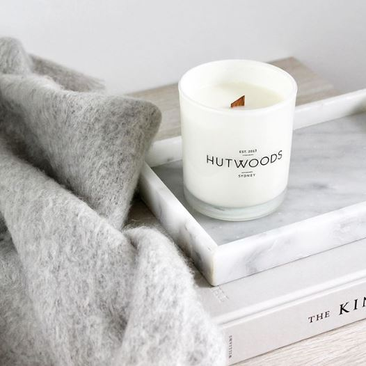 Hutwoods-Small Candle - Lavender & Black Musk - 125g-Mott and Mulberry