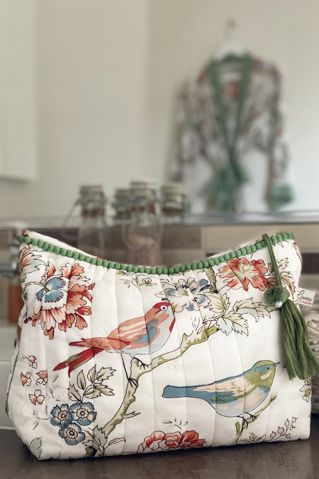Linens Unlimited-Vintage birds quilted toiletry bag-Mott and Mulberry
