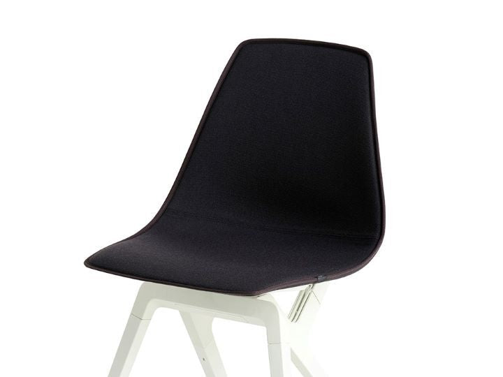 Noho move chair topper Ironsand