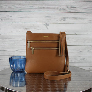 Lee2 Messenger Crossbody (Caffe)