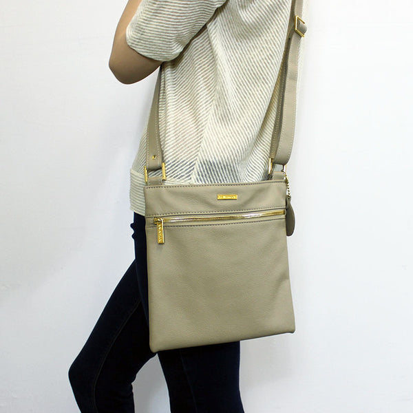 Lee Messenger Crossbody (Taupe)