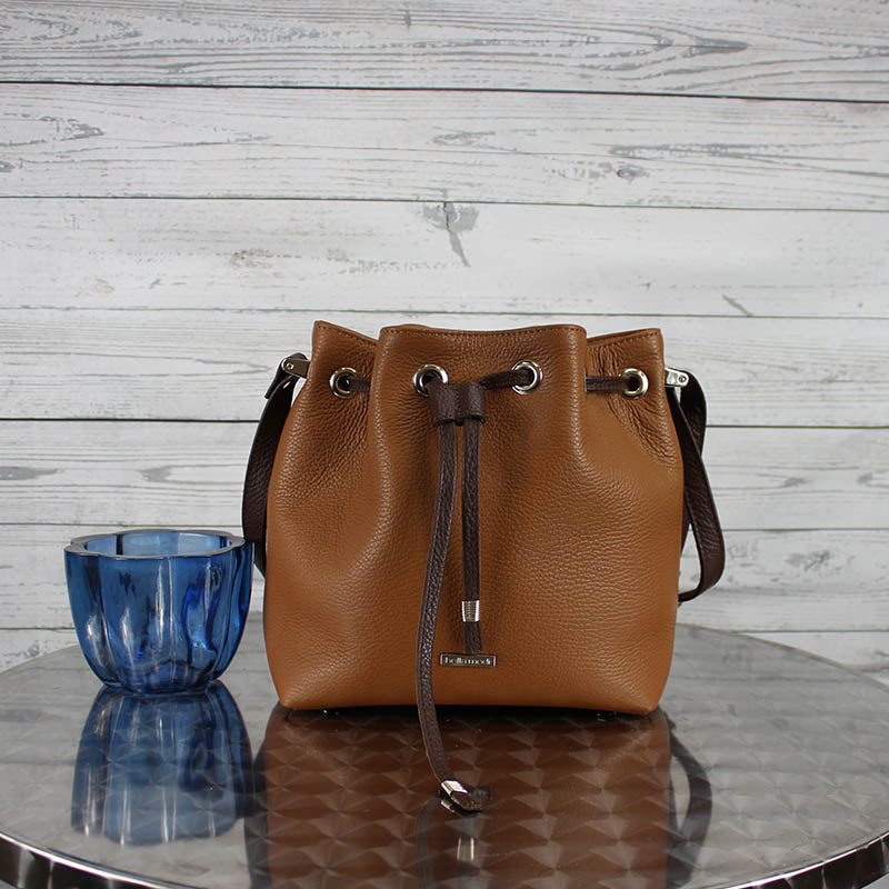 Casey Bucket Bag (Caffe)