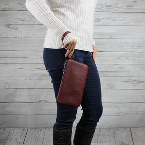 Kelsey Wristlet (Oxblood Red)