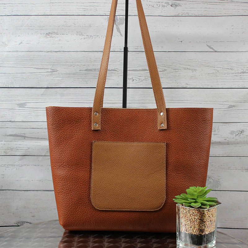 Betsy Classic Leather Tote (Caramel Brown)