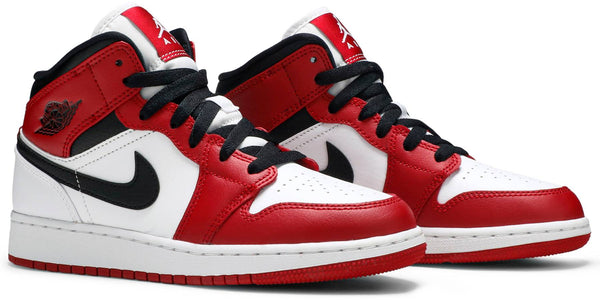 "Air Jordan 1 Mid ""Chicago"" GS"