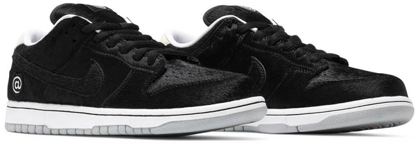 "Medicom Toy x Nike Dunk Low SB ""BE@RBRICK"""