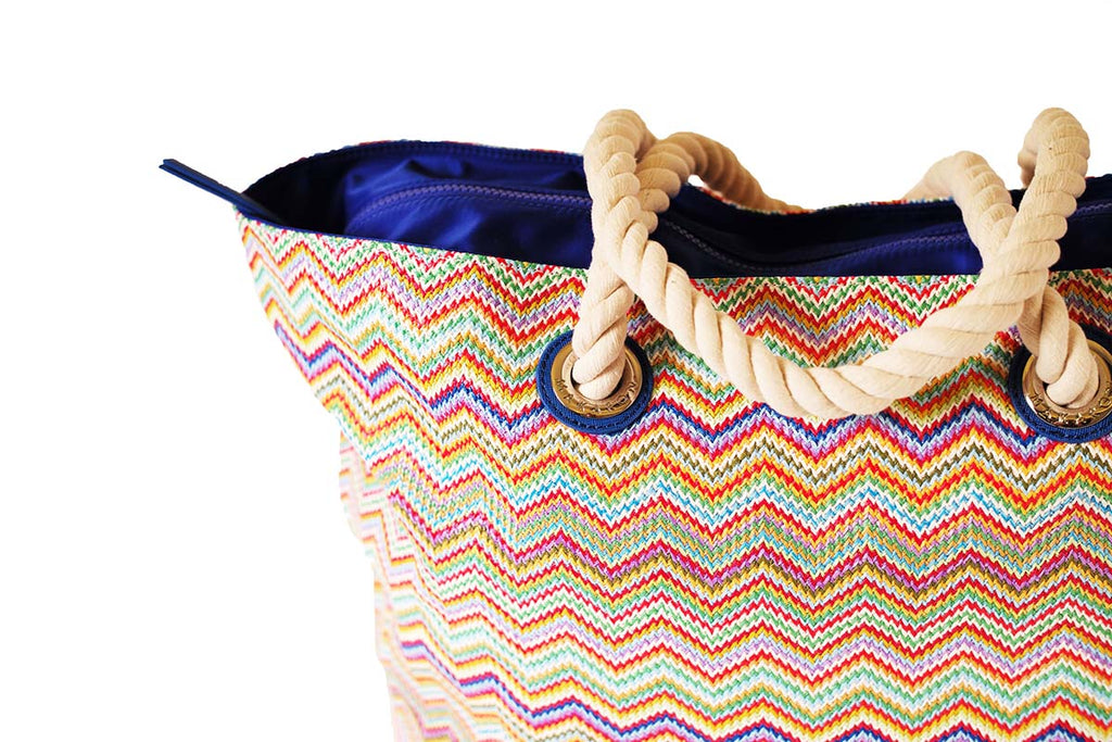 tote with zipper and cords handles