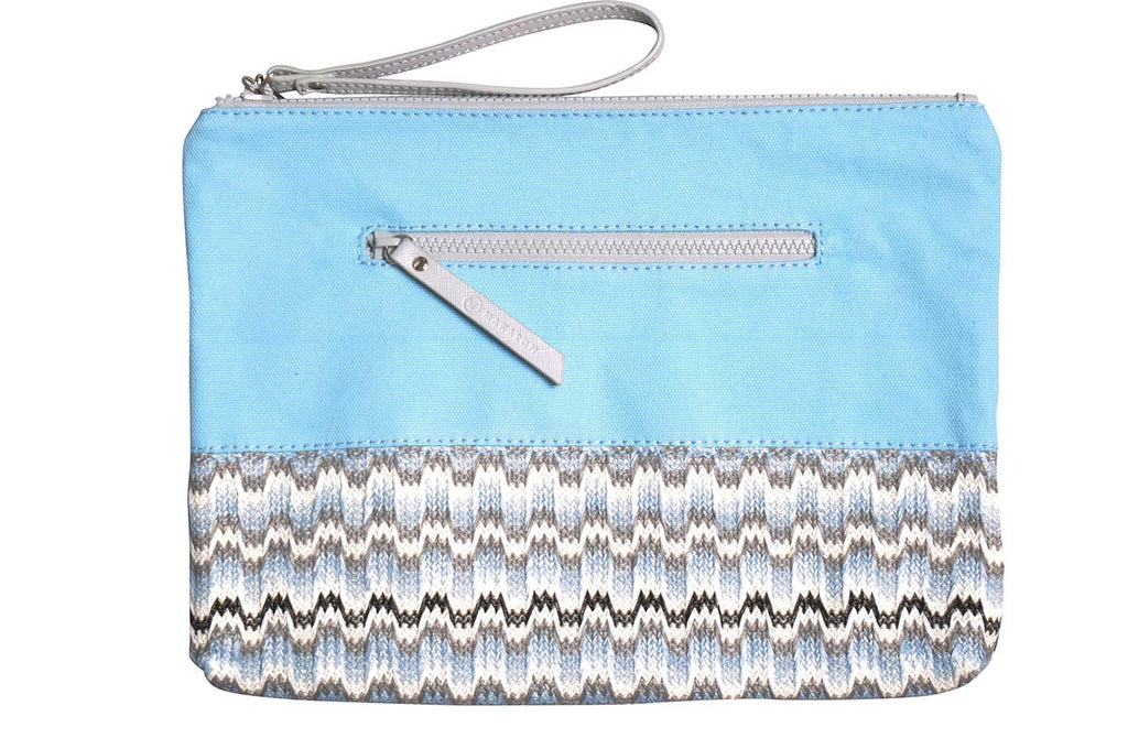 the makaron beach pouch, blue and grey zigzag pattern
