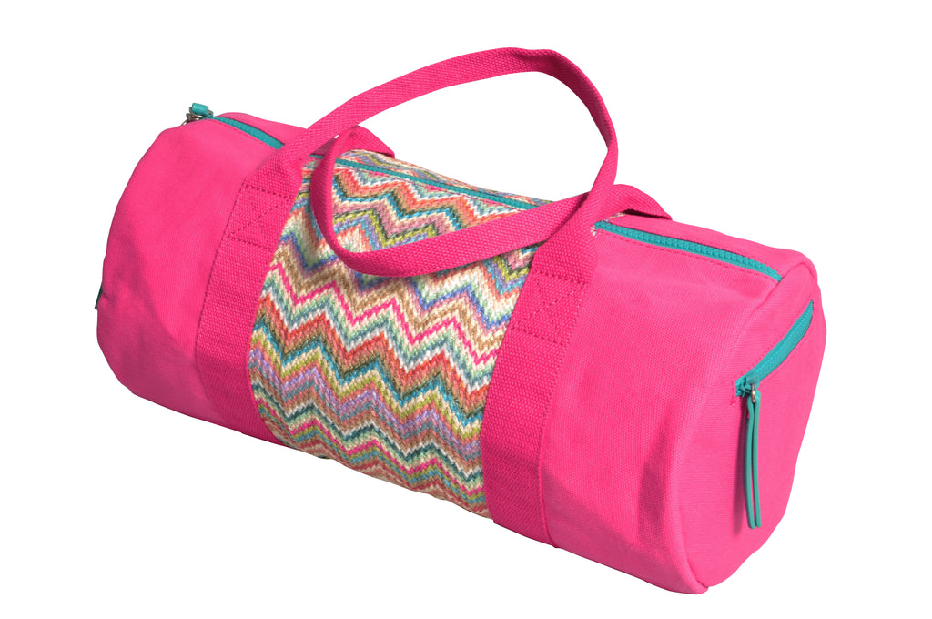 pink Makaron duffle bag with zigzag design