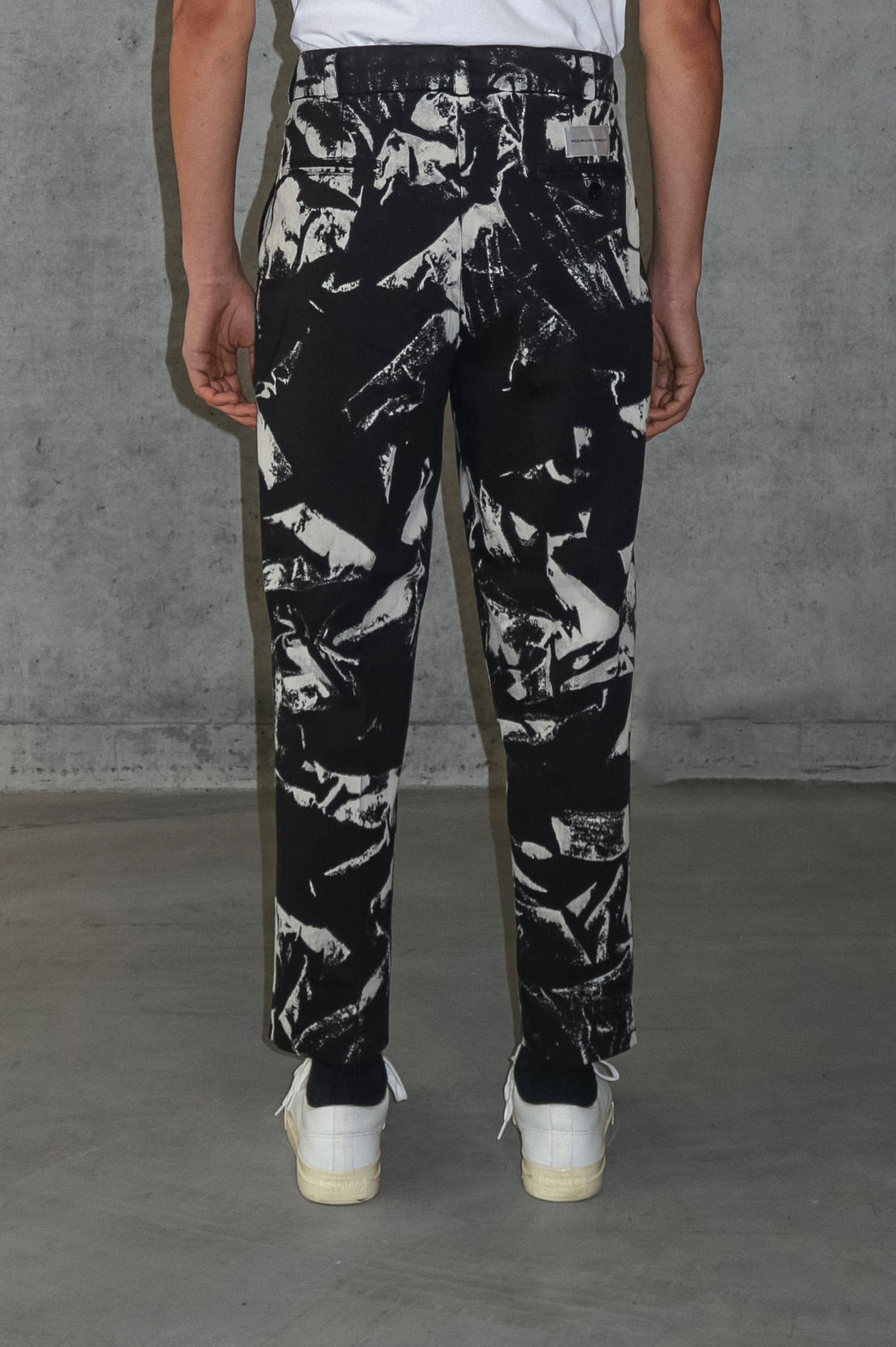 LAPO TROUSERS CORROSIVE BLACK