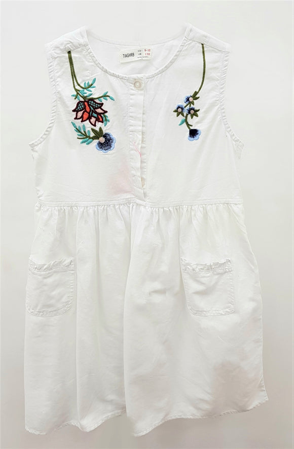 Tiaghrb - White Flower Emrboidery Frock