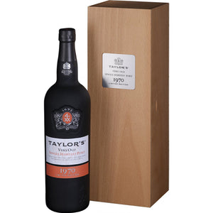 Taylors Very Old Single Harvest Vintage 1970 Port  in Wooden Gift Box