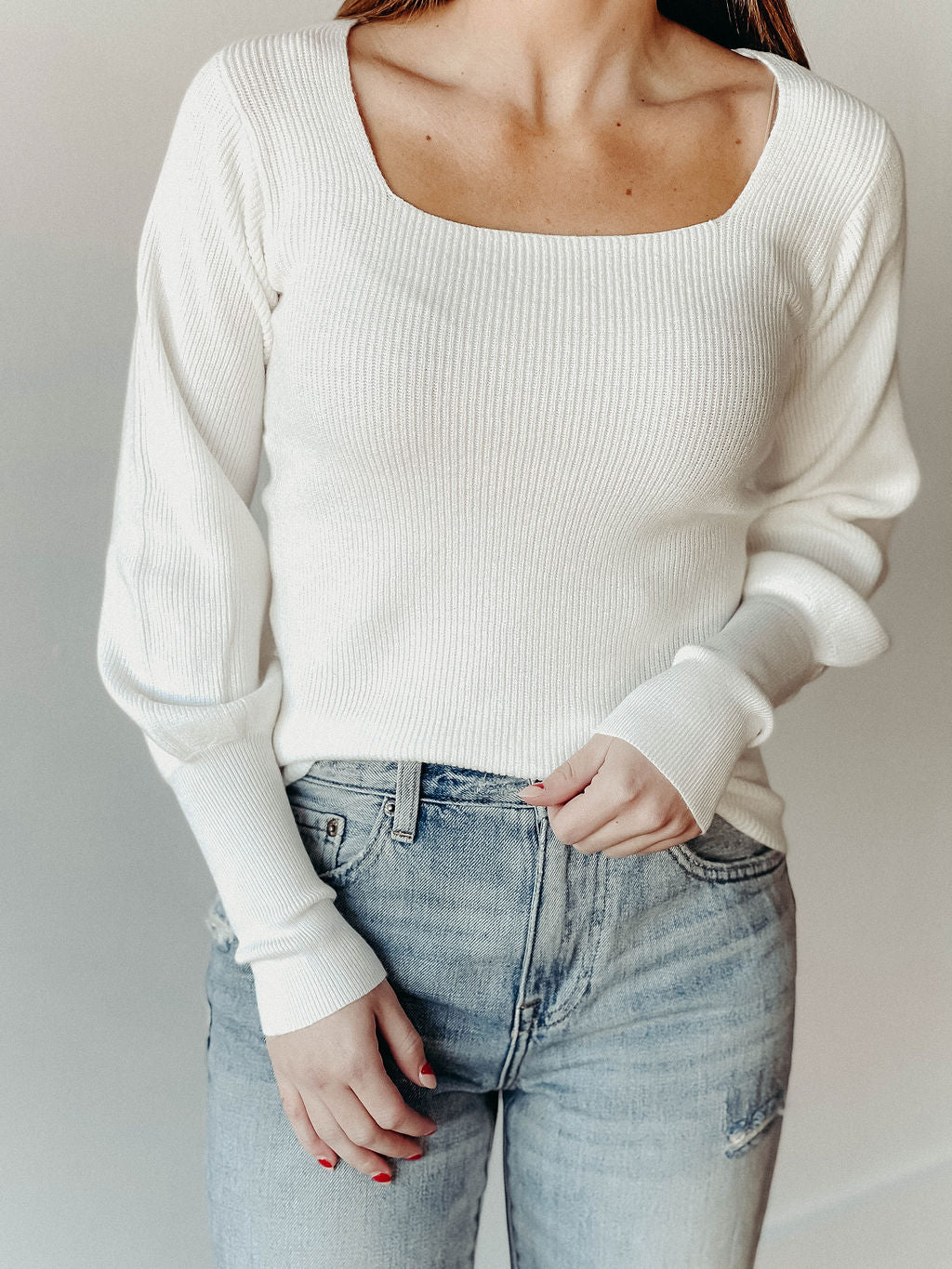 *NEW* SQUARE NECK SWEATER WITH PUFF SLEEVE | BLACK + WHITE