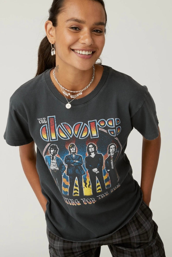 *NEW* DAYDREAMER LA THE DOORS WAITING FOR THE SUN TOUR TEE